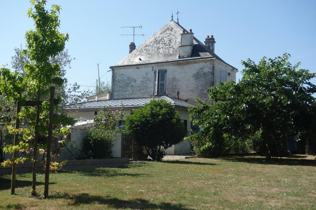 (Français) Maison Marans