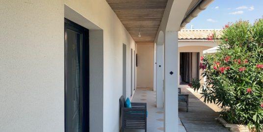 Maison  6 pièce(s) 200 m2