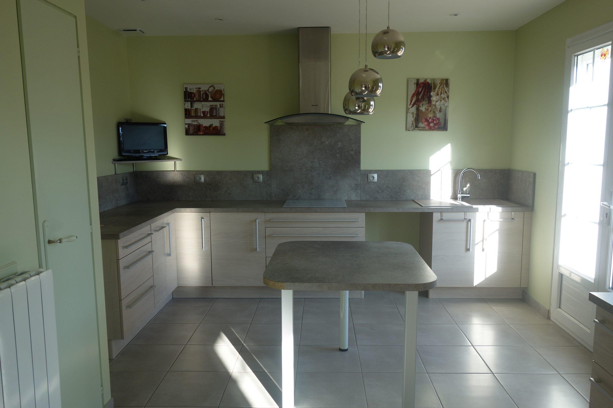 (Français) Maison de plain-pied Salles Sur Mer 6 pièces 115 m²
