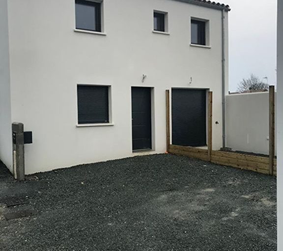 location-maison-thaire-immobilier