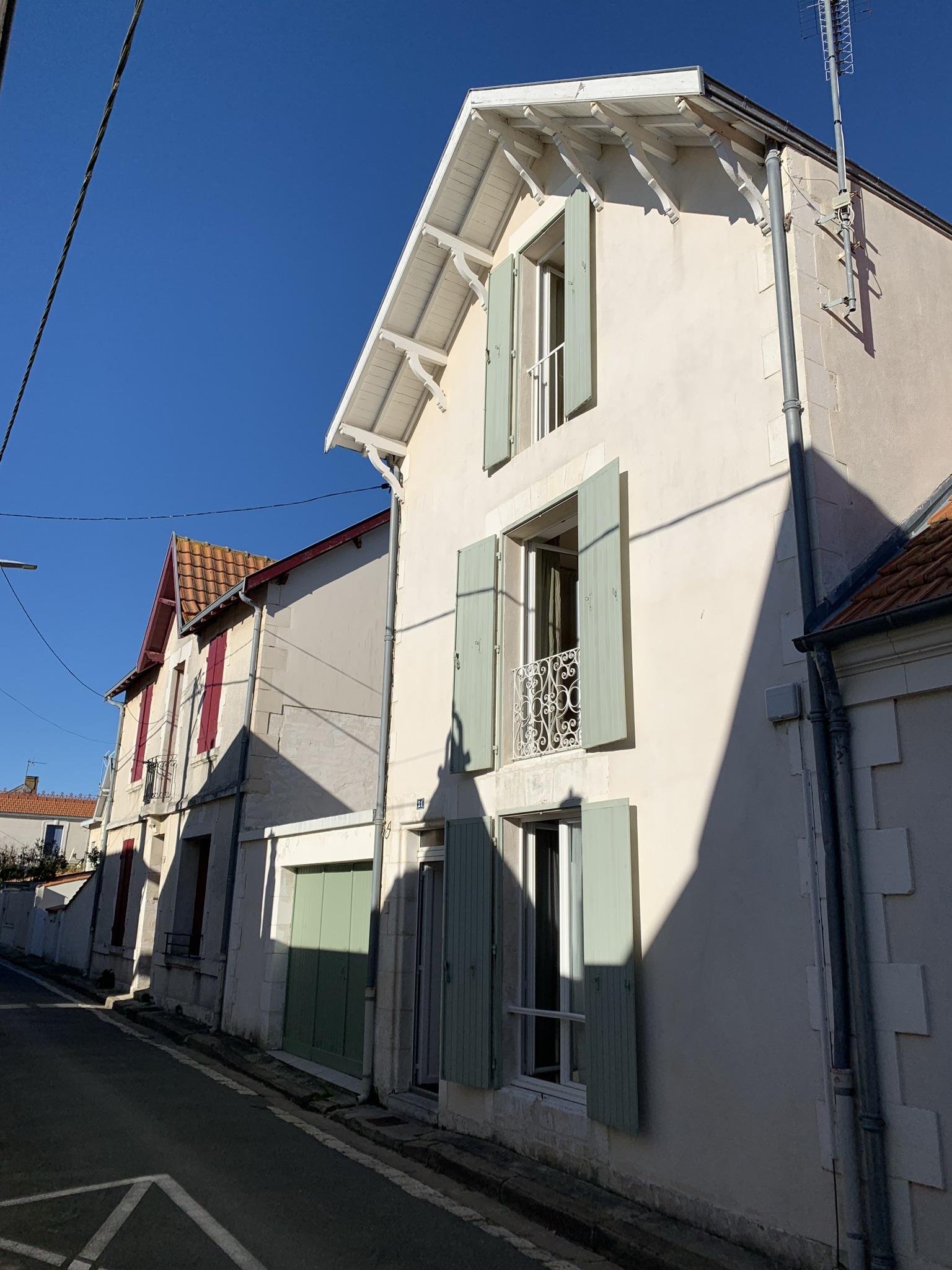 (Français) Maison CHATELAILLON 6 pièces 90 m²