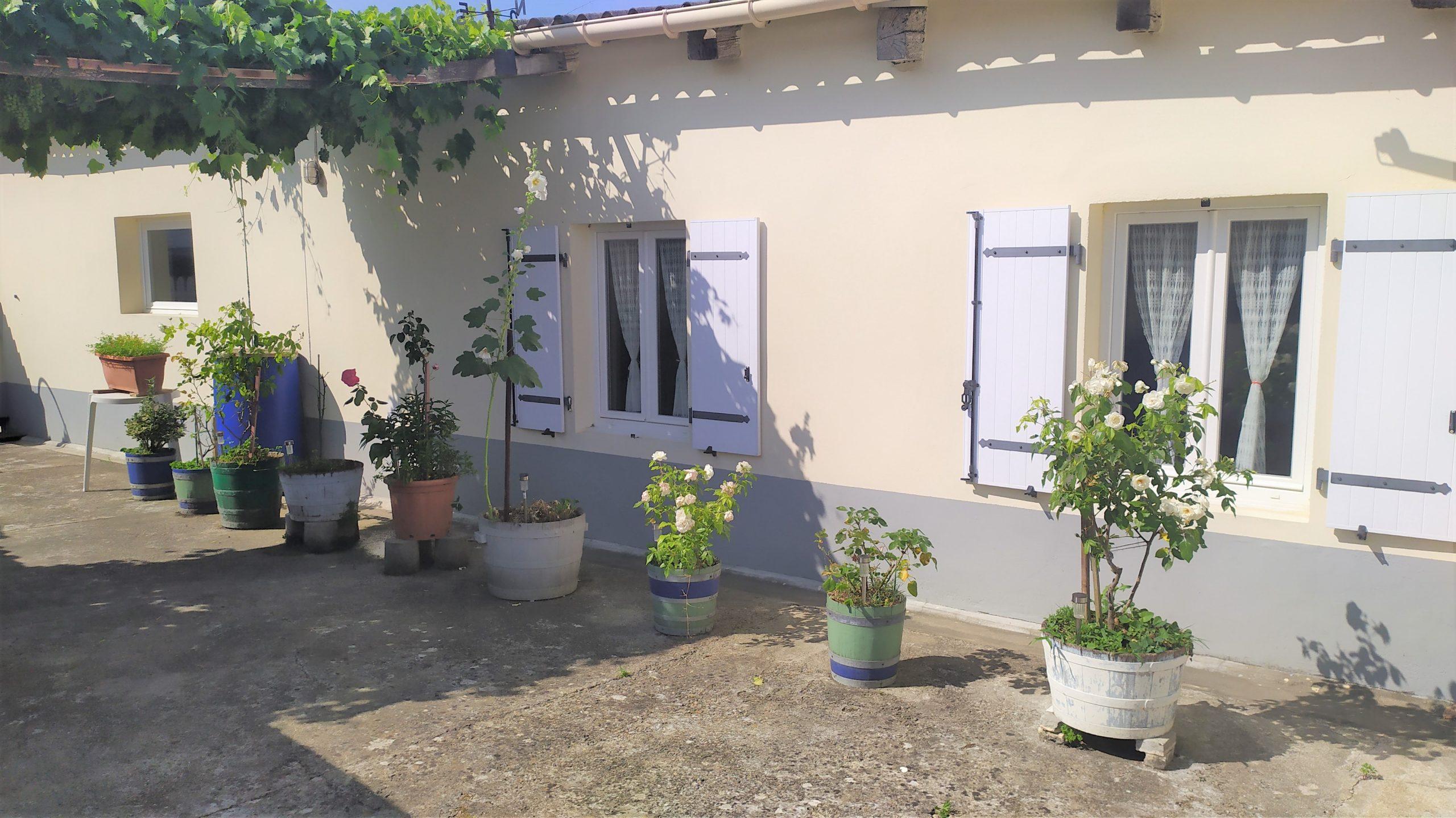 Maison Saint Vivien 4 pièce(s) 116 m2 à rafraichir